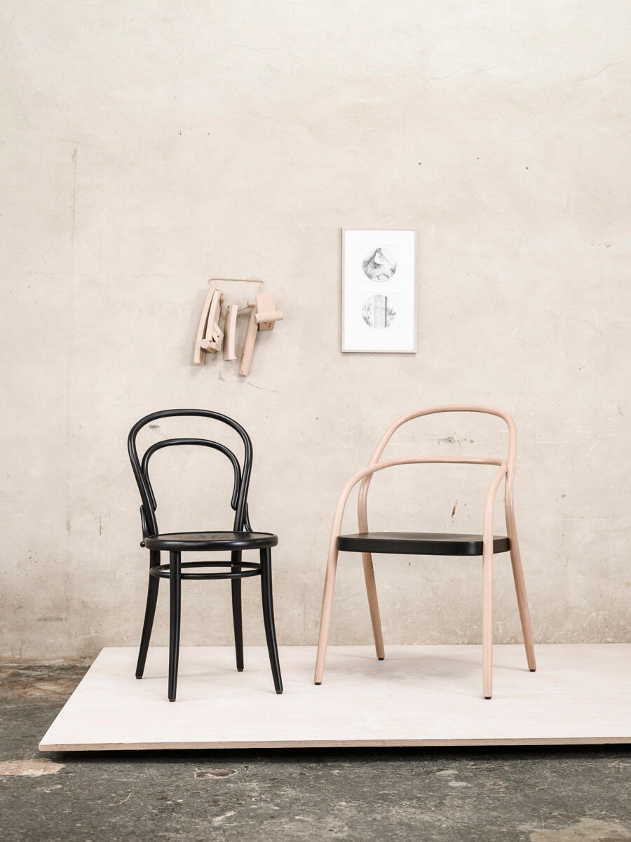 Best Ton Cafe Chair