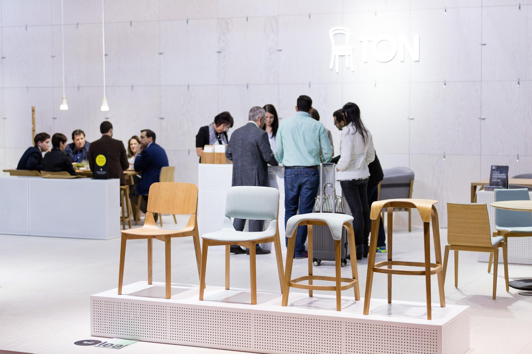 Salone del mobile milano 2016 ton a s idle vyroben for Salone del mobile milano 2016 date