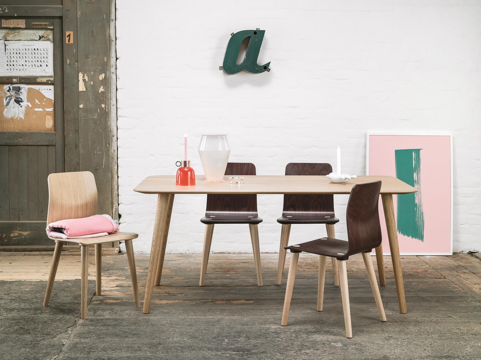 Stuhl Malmo Ton A S Von Menschen Gefertigte Stuhle