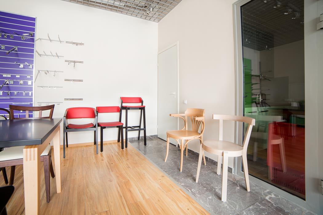 riga ton a s von menschen gefertigte st hle. Black Bedroom Furniture Sets. Home Design Ideas