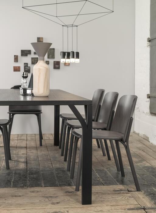 stuhl split ton a s von menschen gefertigte st hle. Black Bedroom Furniture Sets. Home Design Ideas